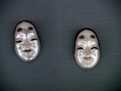 森本惠一郎「能面が笑う」