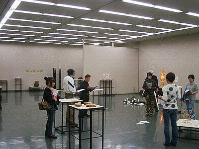 CWY企画展実行委員会「初日の美術館会場設営風景」